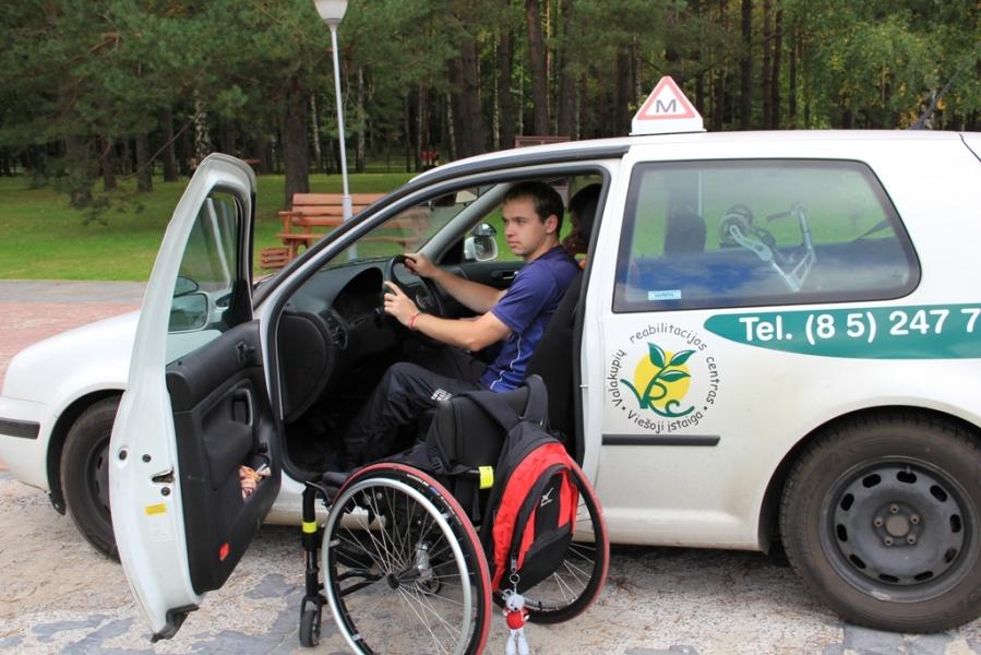 Neįgaliųjų vairavimas